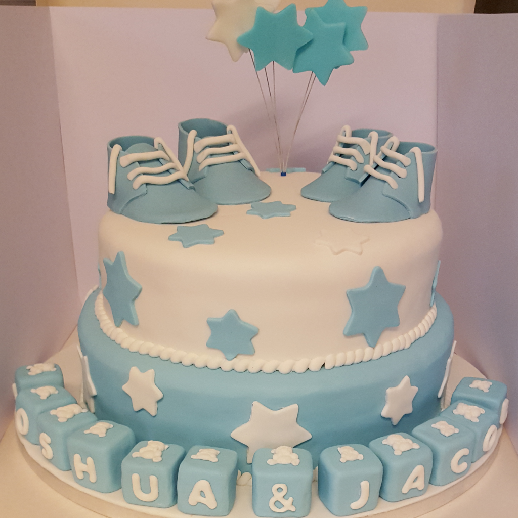blue and white childs birthdaycake